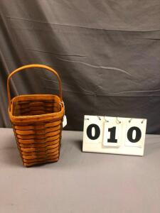 1990 Heartland Medium Peg Basket with protector